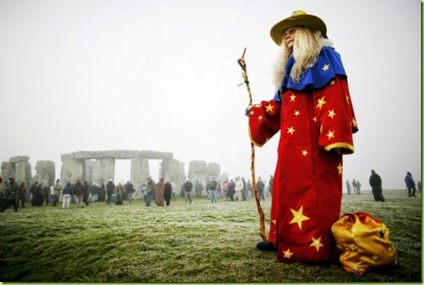 solstice at stonehenge dec 22