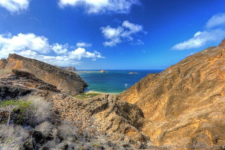 Blick auf die Punta Pitt Bucht, Galapagos