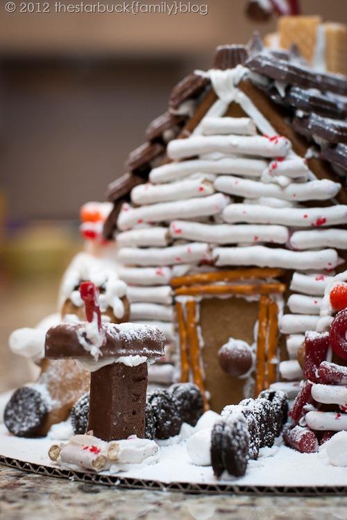 Gingerbread Houses 2012 blog-23