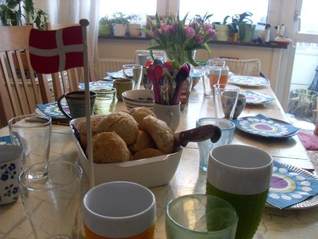 Fødselsdagsbordet er dækket