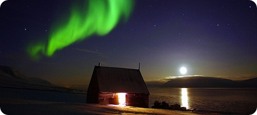 svalbard_northernlighst_740