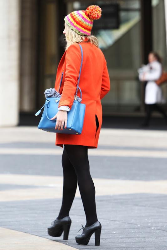 los_mejores_looks_de_street_style_en_la_semana_de_la_moda_de_nueva_york_182795228_800x1200