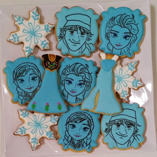 disney frozen themed fancy cookies