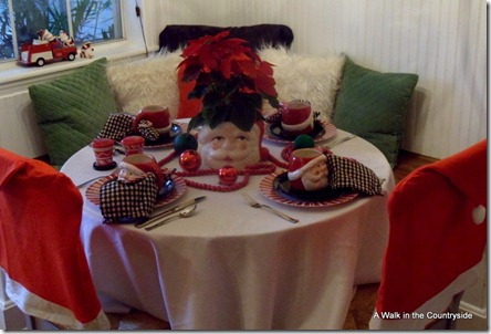 A Walk in the Countryside: Santa Tablescape