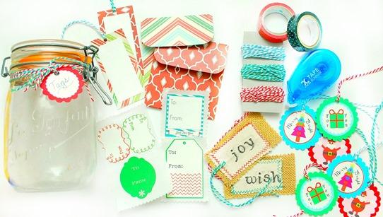 Hostess Gift Idea - Holiday Mason Jar Gift Tag Set - The Silly Pearl