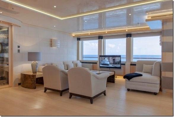yacht-rental-rich-013