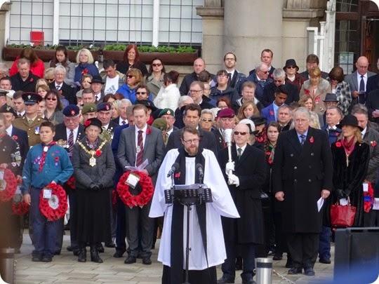 Remembrance service at the Britannia Memorial on Municipal Square (2)