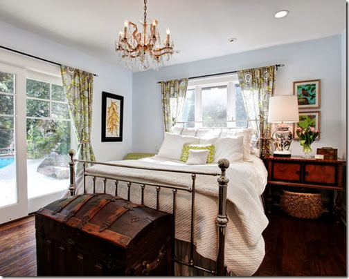 Excellent-Traditional-Bedroom-Restoration-Hardware-Linen-Sheets-White-Linens-The-Trunk-And-Basket-For-Storage-The-Metal-Bed-Frame-Contrasting-Against-The-Chandlier