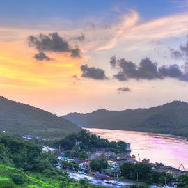 sunset by Amol Patil - Landscapes Sunsets & Sunrises ( colour, sky, hdr, sunset, cloud, india )
