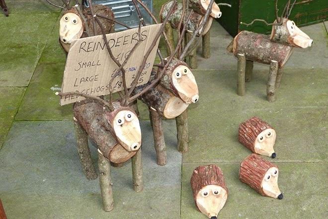 Custard Factory, Birmingham, фигурки оленей и ежей на продажу