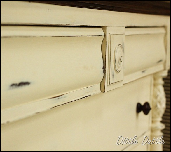 Distressed-chest-of-drawers