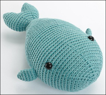crocheted-softies-whale