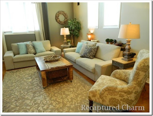 Perfect sofa shelf