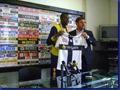 leonardi okaka presentazione maglia crociata 24 01 2012 stadiotardini com