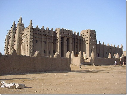 800px-Great_Mosque_of_Djenné_1