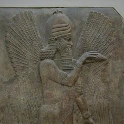 45 - Genio alado asirio