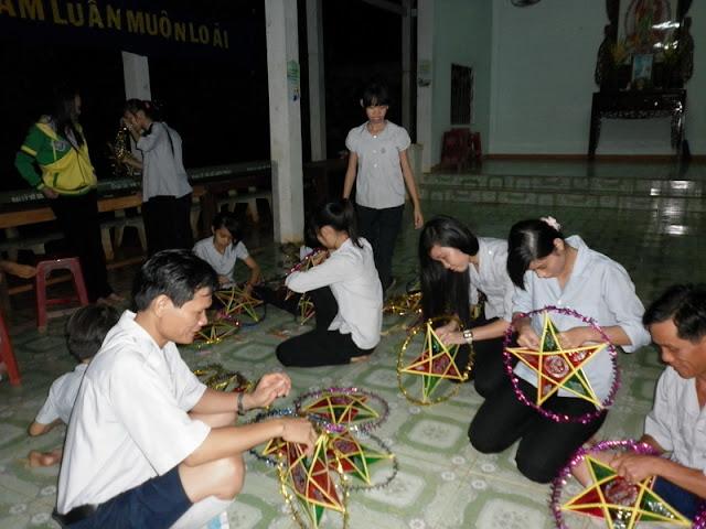 TrungThu2011KhanhVan_02.jpg