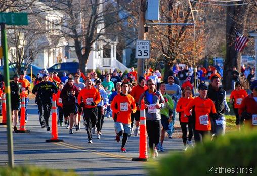 5. 10,000 runners-kab