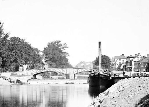 islandsbron_4.jpg