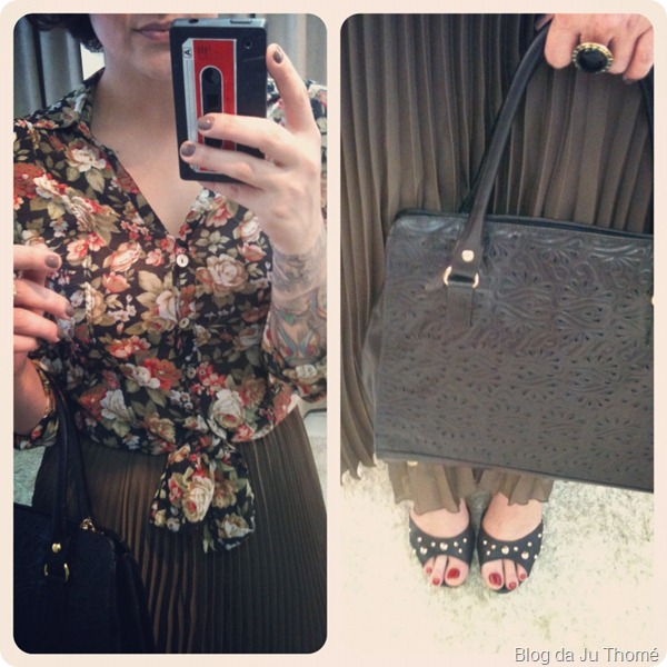 look detalhes camisa floral com fundo preto bolsa de couro