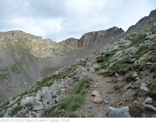 'The steep path to the summit' photo (c) 2009, Steve & Jem Copley - license: http://creativecommons.org/licenses/by-sa/2.0/