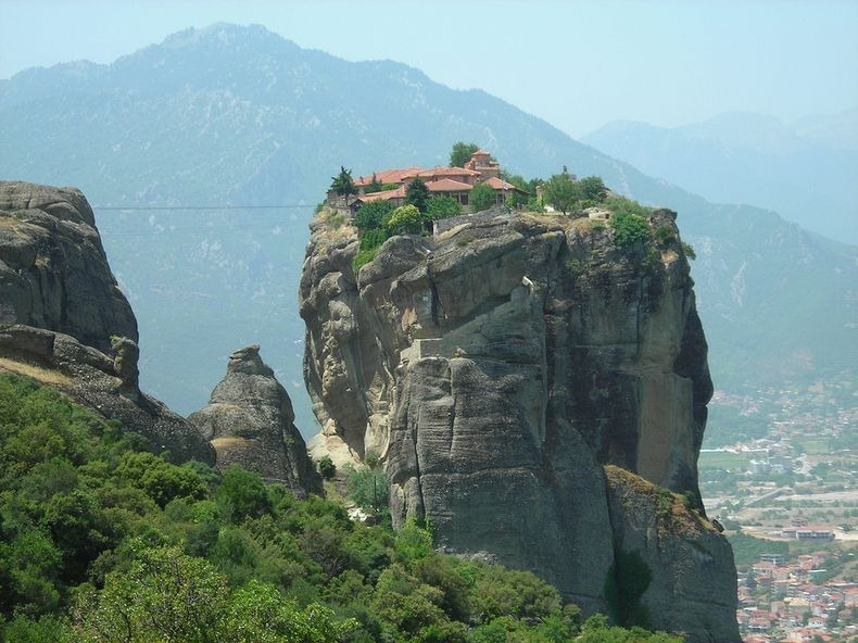 meteora-monastery-4