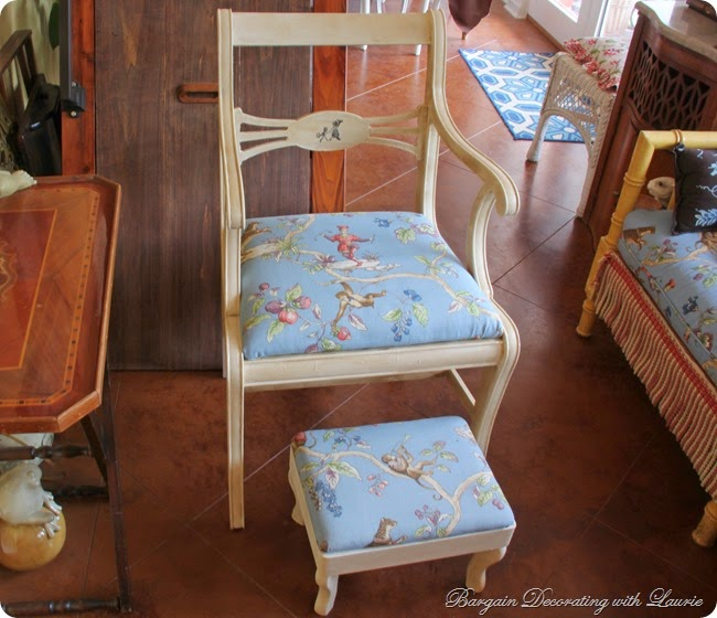AS Old White Painted Chair