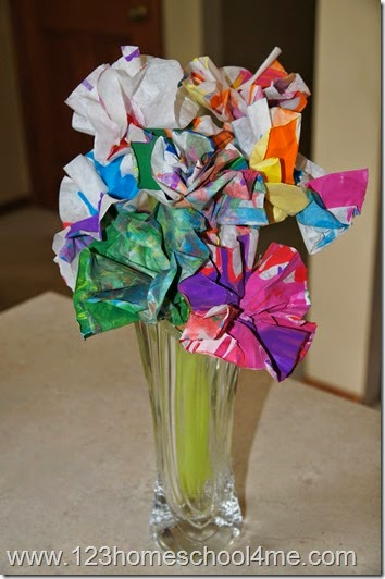 Mother's Day Craft of Spin Art flower makes a great mother's day gift!