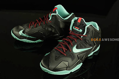 nike lebron 11 gs black green glow 1 01 First Look at Nike LeBron XI GS Black / Mint Green (621712 004)