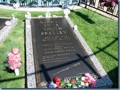8213 Graceland, Memphis, Tennessee - Meditation Garden