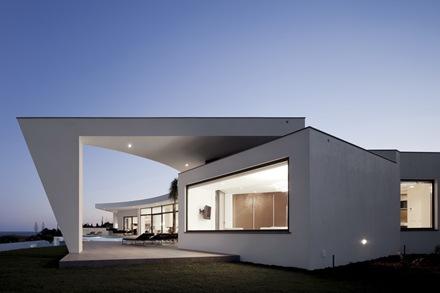 Casa-Colunata-Mario-Martins-Atelier