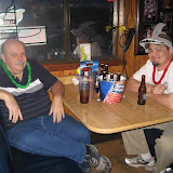 Mike (dark shirt), the MCPHINS web geek and member Brian chillin. Nice hat Brian - Phins Up!