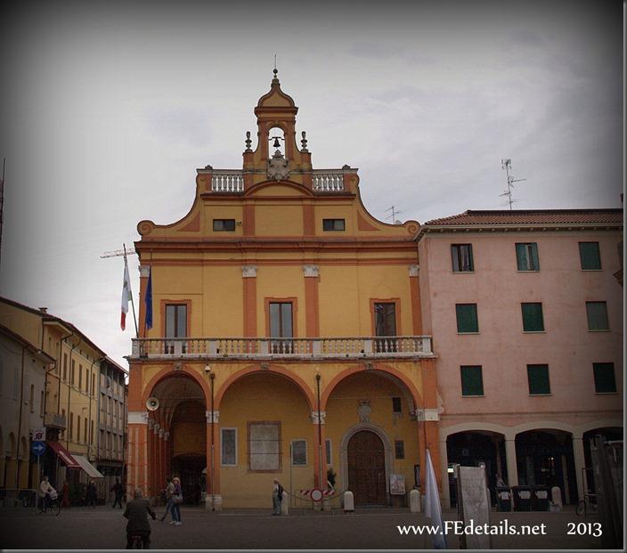 Palazzo Comunale di Cento, Foto1, Cento, Ferrara, Emilia Romagna, Italia - Town Hall of Cento, photo1, Cento, Ferrara, Emilia Romagna, Italy - Property and Copyrights of FEdetails.net