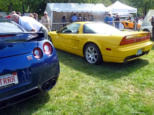 Nissan-GT-R-Acura-NSX-Carscoops9
