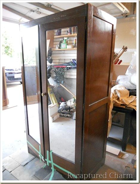 antique armoire 011a