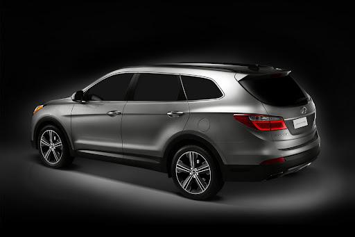 2013-Hyundai-Santa-Fe-05.jpg
