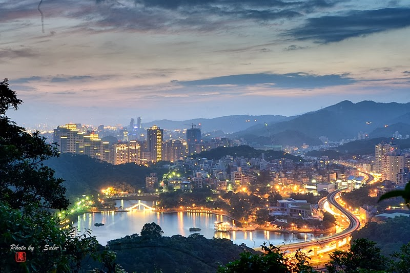 台北 內湖 康樂山 夜景