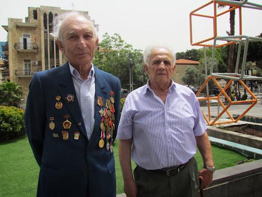 Анатолий Мостовой и Арон Черномырдик в Хайфе на Адаре