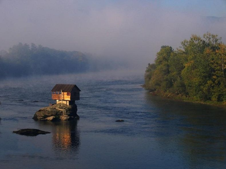 drina-river-house-6