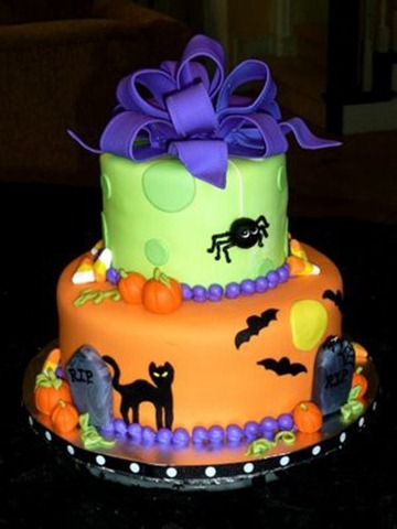 black-cat-halloween-cake