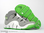 lebron4 dunkman 01 The Real Dunkman Version of the Nike Zoom LeBron IV