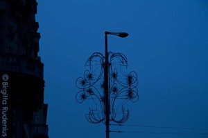 street_20111120_xmaslight_blue