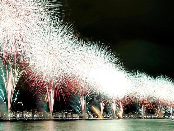 Rio, 01/01/2011, Reveillon em Copacabana / Queima de fogos