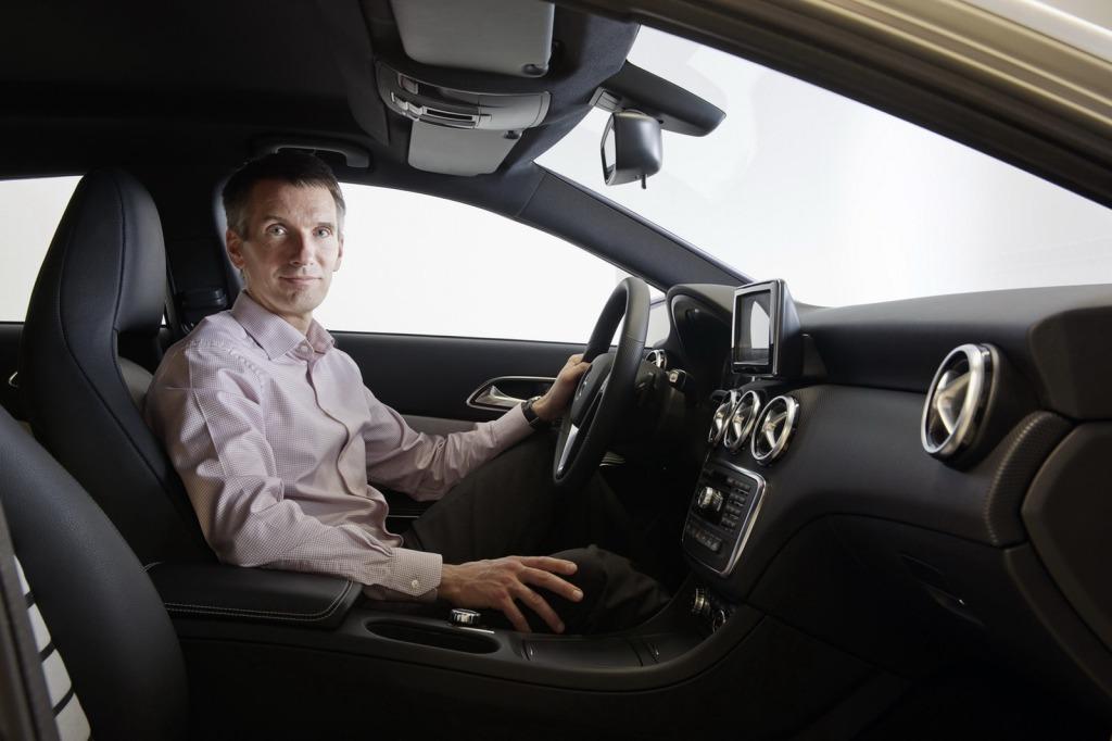 2013-Mercedes-A-Class-Interior-11.jpg?imgmax=1800
