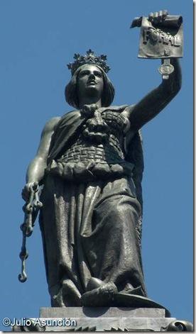 Alegoría de Navarra - Monumento a los Fueros - Pamplona