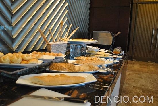 Cafe Eight Buffet Crimson Hotel Manila 20