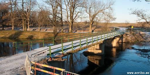 Klastorpsbron med ny beläggning och räcken