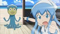 [HorribleSubs] Shinryaku Ika Musume S2 - 11 [720p].mkv_snapshot_11.03_[2011.12.19_20.16.40]