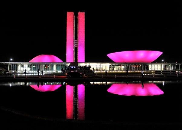 outubro-rosa_brasilia