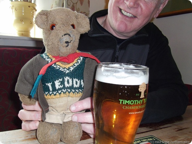 pint-teddy-john-teddy-pint